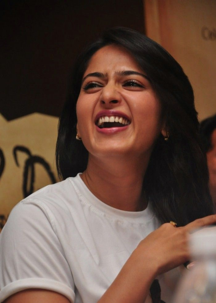 Anushka Cute Photos at Deiva Thirumagan Success Meet