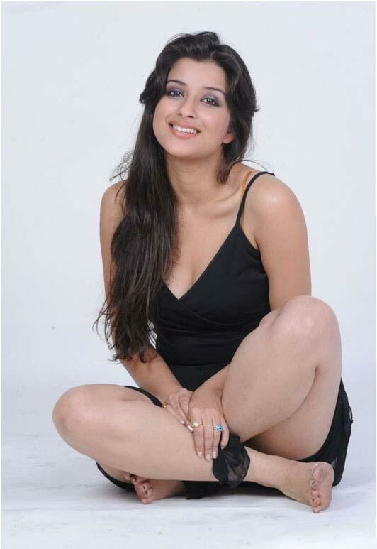 Madhurima Latest Photoshoot in Black Dress - July 24, 2011