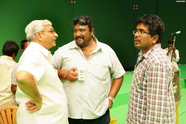 On the Sets of Daruvu Movie - Working On location Stills