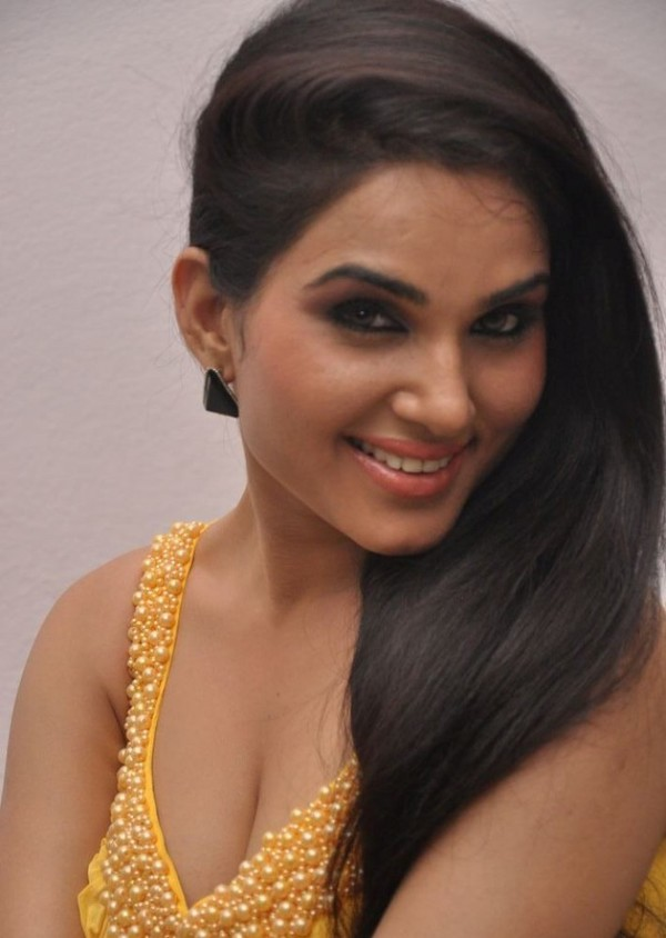Kavya Singh Hot Photoshoot - April 26, 2013