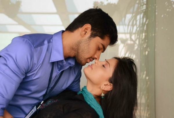 'Weekend Love' - ft. Adit and Supriya Shailaja - Telugu Movie Stills