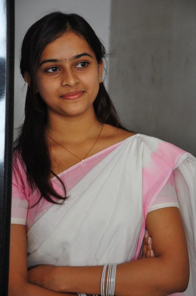 Sri Divya Photoshoot at 'Mallela Theeram Lo Sirimalle Puvvu' Audio Success Meet